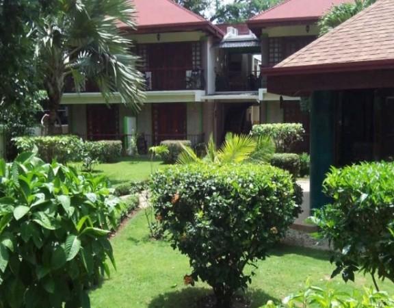 Villa Acacia Beach & Garden Hotel